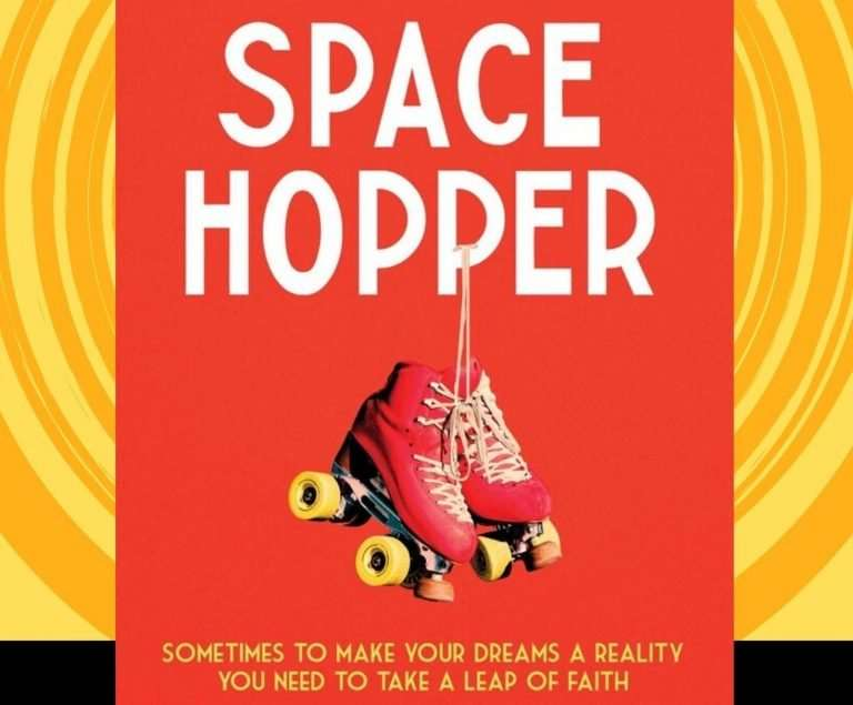 Space Hopper / Faye Faraway by Helen Fisher, Review: Moving